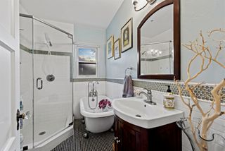 Photo 11: NORTH PARK House for sale : 3 bedrooms : 3223 Marlton Dr in San Diego