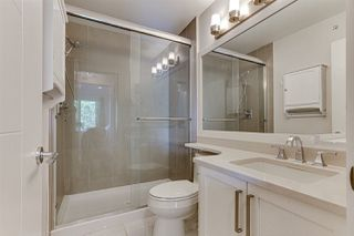 """Photo 11: 3 15118 THRIFT Avenue: White Rock Townhouse for sale in """"Camden Corners"""" (South Surrey White Rock)  : MLS®# R2512558"""