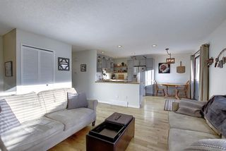 Photo 16: 6735 Coach Hill Road SW in Calgary: Coach Hill Semi Detached for sale : MLS®# A1045040