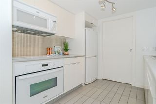 "Photo 9: 308 788 HAMILTON Street in Vancouver: Downtown VW Condo for sale in ""TV Towers"" (Vancouver West)  : MLS®# R2514915"