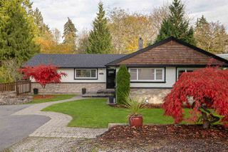 Photo 2: 1563 MARINE Crescent in Coquitlam: Harbour Place House for sale : MLS®# R2516102