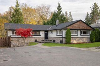 Photo 1: 1563 MARINE Crescent in Coquitlam: Harbour Place House for sale : MLS®# R2516102