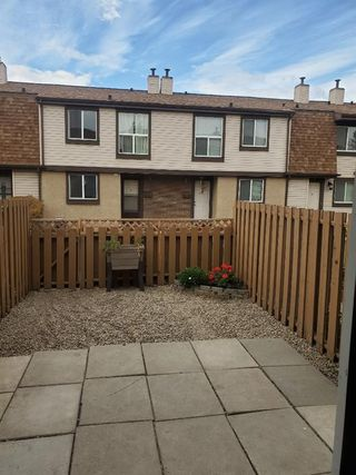 Photo 20: 14 2727 Rundleson Road NE in Calgary: Rundle Row/Townhouse for sale : MLS®# A1054075