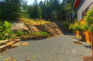 Photo 31: 1680 Hedgerow Place in NORTH SAANICH: NS Lands End Single Family Detached for sale (North Saanich)  : MLS®# 413867