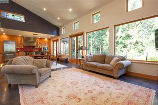 Photo 9: 1680 Hedgerow Place in NORTH SAANICH: NS Lands End Single Family Detached for sale (North Saanich)  : MLS®# 413867