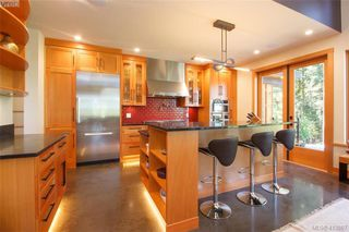 Photo 12: 1680 Hedgerow Place in NORTH SAANICH: NS Lands End Single Family Detached for sale (North Saanich)  : MLS®# 413867