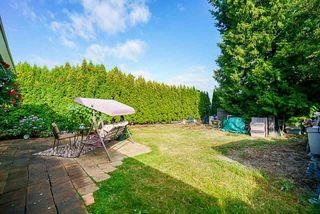 "Photo 15: 15405 93 Avenue in Surrey: Fleetwood Tynehead House for sale in ""Berkshire Park"" : MLS®# R2400475"