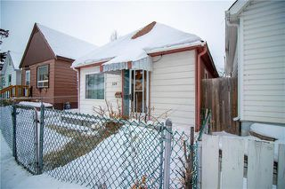 Photo 2: 329 Aberdeen in Winnipeg: Single Family Detached for sale (4A)  : MLS®# 202003615