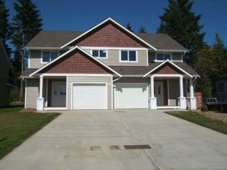 Photo 1: 2856A Piercy Ave in COURTENAY: CV Courtenay City Half Duplex for sale (Comox Valley)  : MLS®# 836470