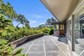 Photo 9: 3393 Upper Terrace Rd in : OB Uplands House for sale (Oak Bay)  : MLS®# 857501