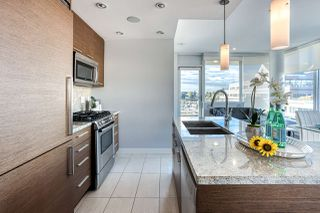 """Photo 5: 505 2528 MAPLE Street in Vancouver: Kitsilano Condo for sale in """"The Pulse"""" (Vancouver West)  : MLS®# R2511857"""