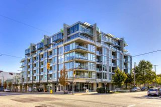 """Photo 2: 505 2528 MAPLE Street in Vancouver: Kitsilano Condo for sale in """"The Pulse"""" (Vancouver West)  : MLS®# R2511857"""