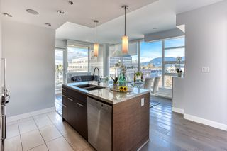 """Photo 1: 505 2528 MAPLE Street in Vancouver: Kitsilano Condo for sale in """"The Pulse"""" (Vancouver West)  : MLS®# R2511857"""