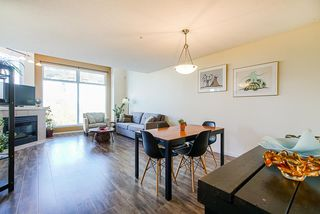 """Photo 12: 304 19131 FORD Road in Pitt Meadows: Central Meadows Condo for sale in """"WOODFORD MANOR"""" : MLS®# R2514716"""