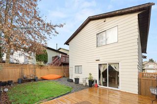 """Photo 31: 2326 WAKEFIELD Drive in Langley: Willoughby Heights House for sale in """"Langley Meadows"""" : MLS®# R2527990"""