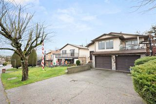 "Photo 2: 2326 WAKEFIELD Drive in Langley: Willoughby Heights House for sale in ""Langley Meadows"" : MLS®# R2527990"