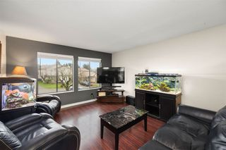 "Photo 4: 2326 WAKEFIELD Drive in Langley: Willoughby Heights House for sale in ""Langley Meadows"" : MLS®# R2527990"