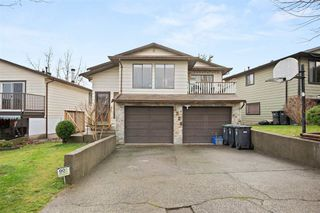 "Photo 1: 2326 WAKEFIELD Drive in Langley: Willoughby Heights House for sale in ""Langley Meadows"" : MLS®# R2527990"