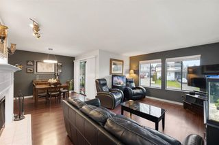 """Photo 3: 2326 WAKEFIELD Drive in Langley: Willoughby Heights House for sale in """"Langley Meadows"""" : MLS®# R2527990"""
