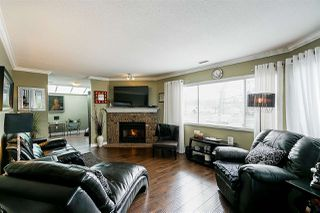 "Photo 11: 104 21937 48 Avenue in Langley: Murrayville Townhouse for sale in ""ORANGEWOOD"" : MLS®# R2397333"