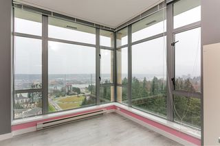 "Photo 12: 2504 280 ROSS Drive in New Westminster: Fraserview NW Condo for sale in ""CARLYLE"" : MLS®# R2423975"