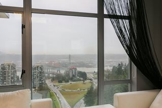 "Photo 14: 2504 280 ROSS Drive in New Westminster: Fraserview NW Condo for sale in ""CARLYLE"" : MLS®# R2423975"