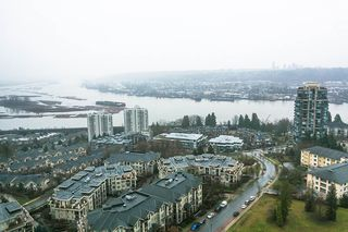 "Photo 15: 2504 280 ROSS Drive in New Westminster: Fraserview NW Condo for sale in ""CARLYLE"" : MLS®# R2423975"