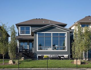 Photo 2: 334 SHAWNEE Boulevard SW in Calgary: Shawnee Slopes Detached for sale : MLS®# C4291558