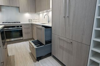 "Photo 17: 101 707 E 3RD Street in North Vancouver: Lower Lonsdale Condo for sale in ""Green on Queensbury"" : MLS®# R2453734"