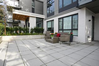 "Photo 12: 101 707 E 3RD Street in North Vancouver: Lower Lonsdale Condo for sale in ""Green on Queensbury"" : MLS®# R2453734"