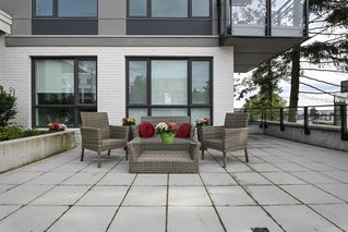 "Photo 10: 101 707 E 3RD Street in North Vancouver: Lower Lonsdale Condo for sale in ""Green on Queensbury"" : MLS®# R2453734"
