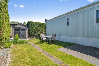 """Photo 19: 66 2270 196 Street in Langley: Brookswood Langley Manufactured Home for sale in """"Pineridge Park"""" : MLS®# R2459842"""