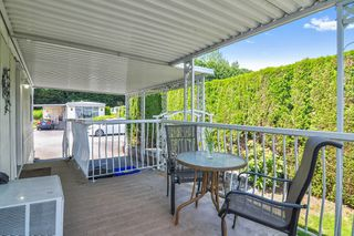"Photo 16: 66 2270 196 Street in Langley: Brookswood Langley Manufactured Home for sale in ""Pineridge Park"" : MLS®# R2459842"