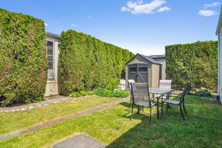 """Photo 17: 66 2270 196 Street in Langley: Brookswood Langley Manufactured Home for sale in """"Pineridge Park"""" : MLS®# R2459842"""