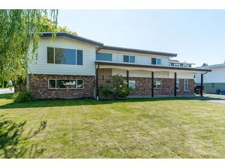 Photo 1: 46108 CLARE Avenue in Chilliwack: Fairfield Island House for sale : MLS®# R2483715