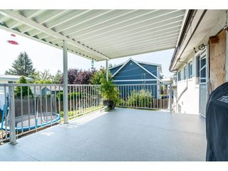 Photo 15: 46108 CLARE Avenue in Chilliwack: Fairfield Island House for sale : MLS®# R2483715