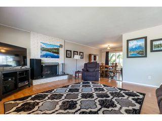 Photo 4: 46108 CLARE Avenue in Chilliwack: Fairfield Island House for sale : MLS®# R2483715