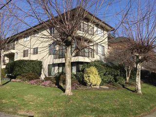 Photo 2: 103 15317 THRIFT AVENUE in South Surrey White Rock: White Rock Home for sale ()  : MLS®# R2336892