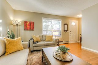 Photo 4: 2044 36 Avenue SW in Calgary: Altadore Row/Townhouse for sale : MLS®# A1039258