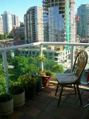 """Photo 4: 1202 1500 HOWE ST in Vancouver: False Creek North Condo for sale in """"THE DISCOVERY"""" (Vancouver West)  : MLS®# V602479"""