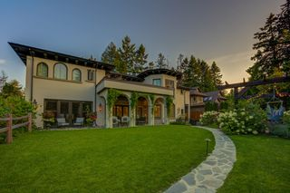 Photo 58: 5095 1 Avenue in Delta: Pebble Hill House for sale (Tsawwassen)  : MLS®# R2396283