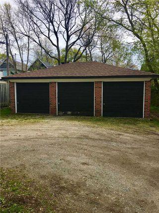 Photo 4: 17 Boothroyd Avenue in Toronto: Blake-Jones House (2-Storey) for sale (Toronto E01)  : MLS®# E4765250