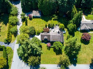 Photo 40: 17434 28A Avenue in Surrey: White Rock House for sale (South Surrey White Rock)  : MLS®# R2477517