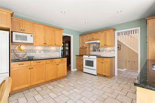 Photo 17: 17434 28A Avenue in Surrey: White Rock House for sale (South Surrey White Rock)  : MLS®# R2477517