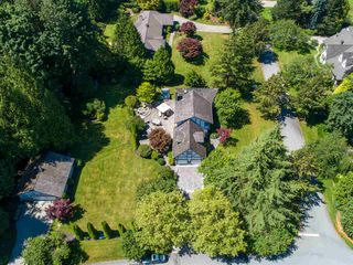 Photo 6: 17434 28A Avenue in Surrey: White Rock House for sale (South Surrey White Rock)  : MLS®# R2477517