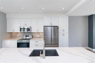 Photo 6: 7028 Brailsford Pl in Sooke: Sk Sooke Vill Core Half Duplex for sale : MLS®# 839187