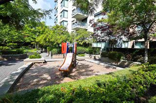 "Photo 26: 305 1428 W 6TH Avenue in Vancouver: Fairview VW Condo for sale in ""THE SIENA AT PORTICO"" (Vancouver West)  : MLS®# R2488579"