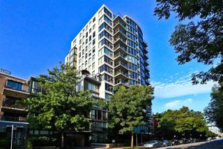 "Photo 1: 305 1428 W 6TH Avenue in Vancouver: Fairview VW Condo for sale in ""THE SIENA AT PORTICO"" (Vancouver West)  : MLS®# R2488579"