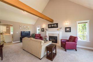 Photo 5: 6344 SILVERTHORNE ROAD in Sardis: Sardis West Vedder Rd House for sale : MLS®# R2459850