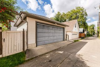 Photo 33: 9529 100A Street in Edmonton: Zone 12 House for sale : MLS®# E4213024